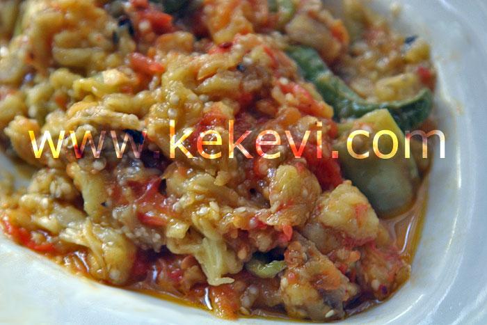 domates soslu patlıcan slatası
